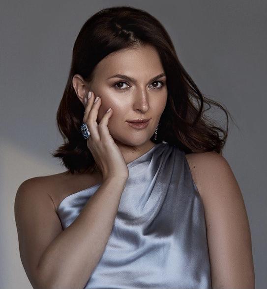 Алина Дубровская